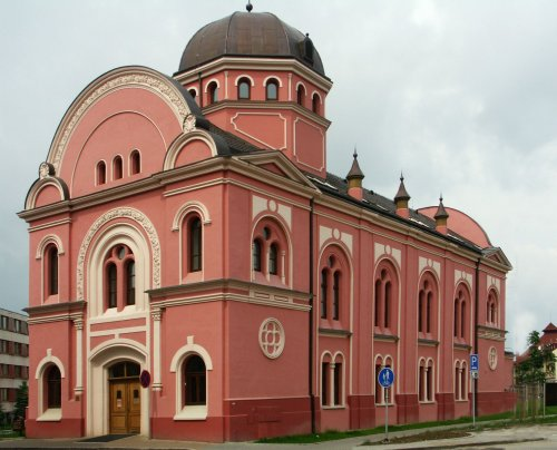 Výpůjční doba Knihovny BBB a poboček knihovny